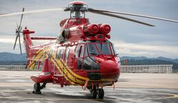 Erster H215 von Airbus Helicopters in China.