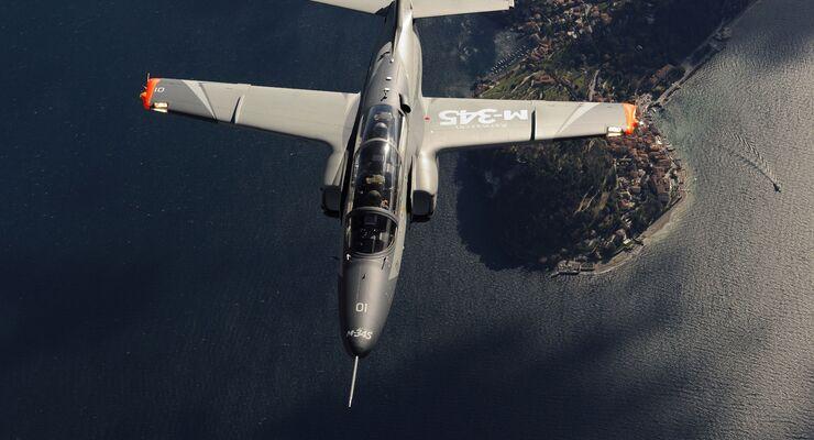 Leonardo M-345 HET Trainer