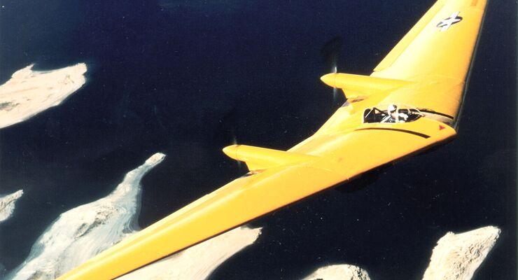 Historischer Nurflügler Northrop N9m In Kalifornien Abgestürzt